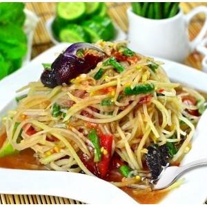 Тайський салат з папайї