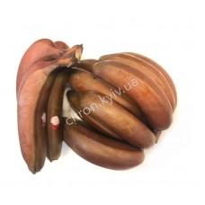 Банан красный