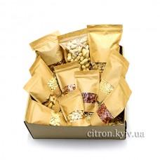 """Коробка """"Колекція горіхів"""" XL"""