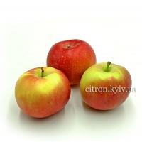 Яблуко Фуджи